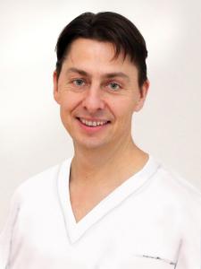 Dr Roger Gösswein, Karcher & Kollegen